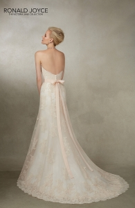 Ronald Joyce / Victoria Jane VJ 18004 Jamaica Blush/Ivory UK 16 was £1,499 now £700