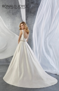 Ronald Joyce / Victoria Jane VJ 18059 Jillian Bridal Gown
